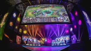 Campeonato Mundial de League of Legends 300x169 - ¿Por qué algunos videojuegos son considerados como deportes?