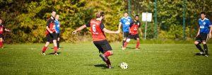 equipo fútbol 300x106 - Cómo formar tu equipo perfecto para cualquier deporte
